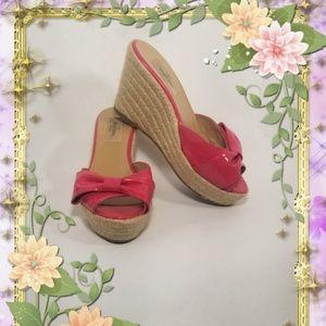 🎊PRICE DROP🎊Valentino Garavani Pink Espadrilles